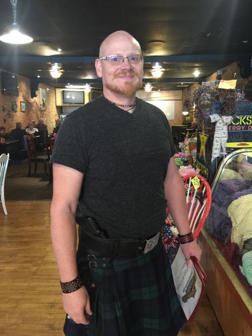 Utah restaurants packs guns with their kilts